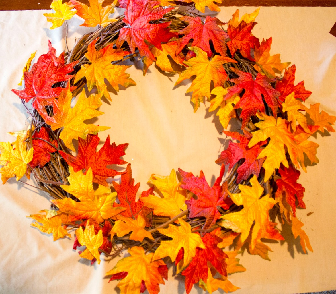 fall-wreath-just-leaves